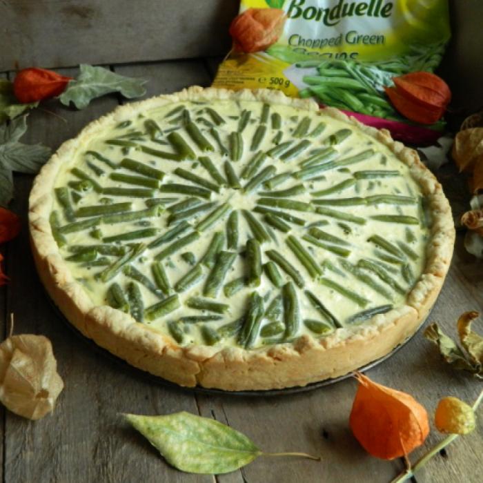 Открытый пирог с зеленой стручковой фасолью