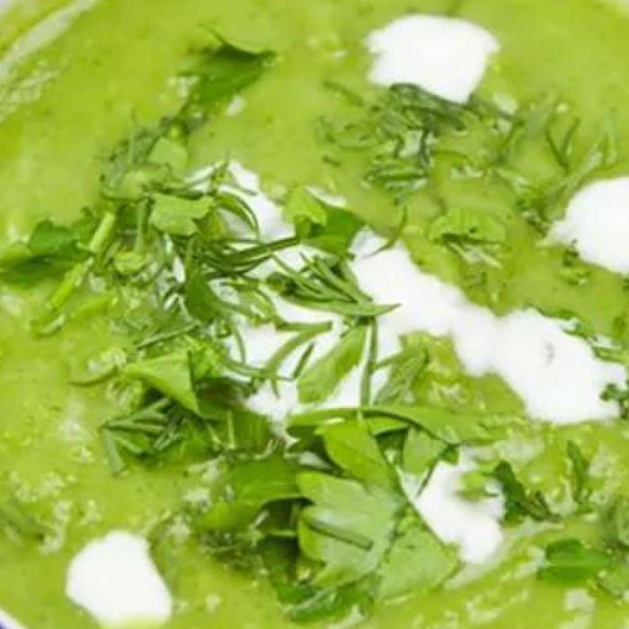 Сливочный крем-суп из горошка и брокколи