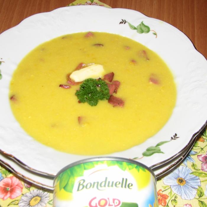 Кукурузный суп с копченостями