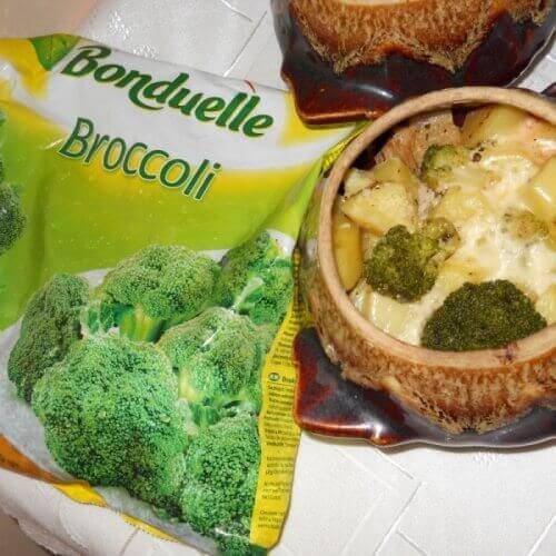 Телятина з овочами в горщичку
