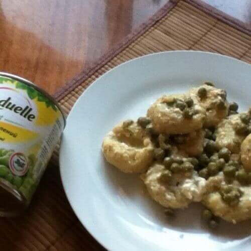 Картопляні ньоккі з горошком та фетою