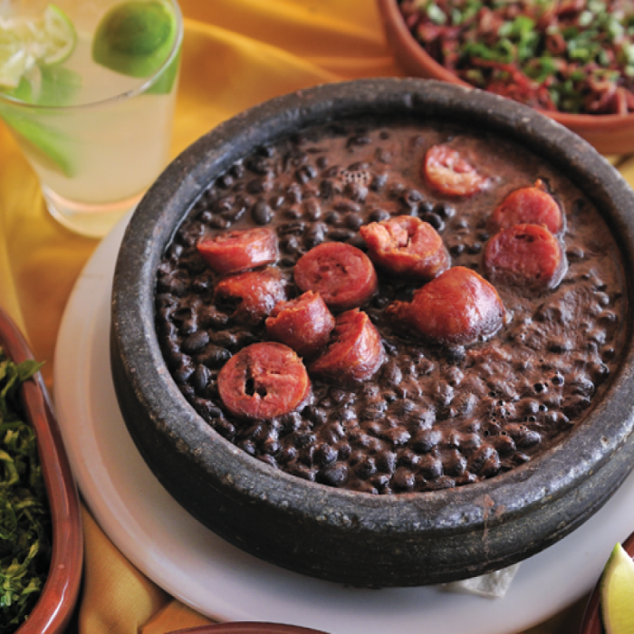 Feijoada – червона квасоля зі свининою