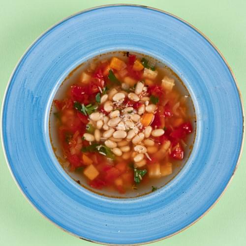 Суп з білою квасолею